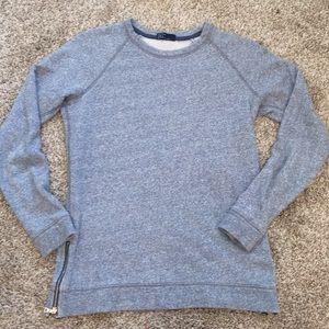 Sweaters - Gap scoop neck sweater